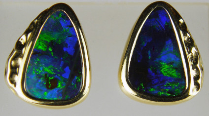 Boulder opal earstuds in 14ct yellow gold - Boulder opal triangular pair set in 14ct yellow gold earstuds