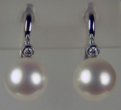 Pearl & diamond drop earrings in 9ct white gold -