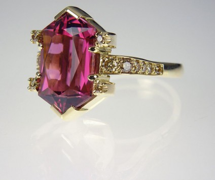 Rubellite & golden diamond ring in gold - Scissor Cut Rubellite & Golden Diamond Ring. Ring of 8.44ct scissor cut rubellite (red tourmaline) set with 0.5ct golden diamonds in 18 carat yellow gold. 18 x 15mm.